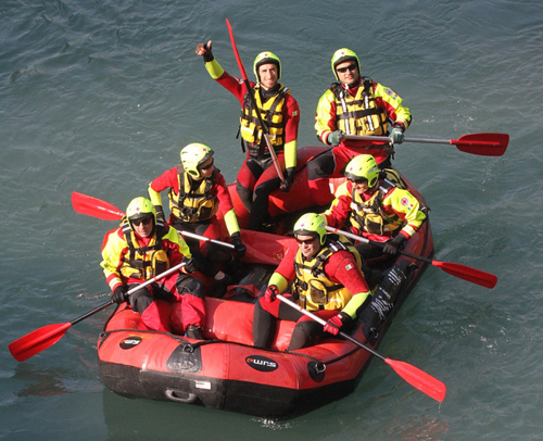 gommone Croce Rossa Ivrea alla Maratonina dei Castelli
